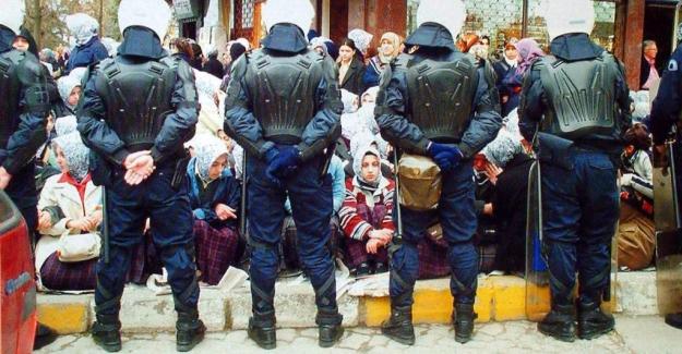 Türkiye 28 Şubat'ta içler acısı bir dönemden geçti