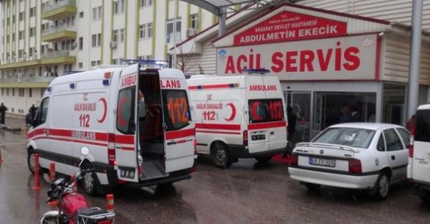 Aksaray'da 2 otomobil çarpıştı iki kişi yaralandı
