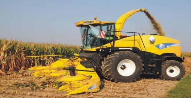 Silaj makinesine ayağını kaptıran çiftçi öldü