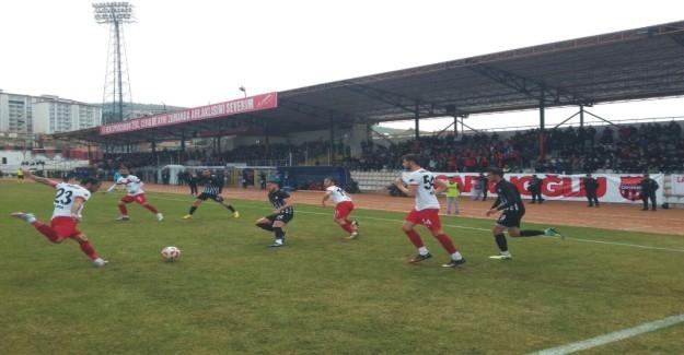 Aksaray Belediyespor şampiyonluk yolunda ağır darbe aldı