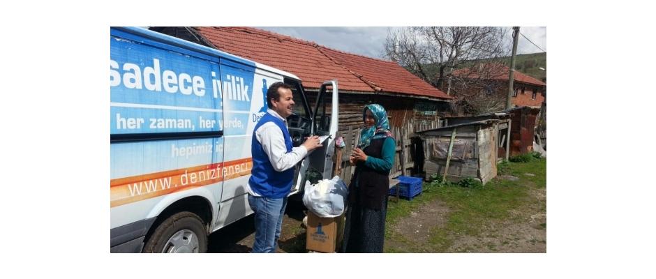 Deniz Feneri Derneği, 400 aileye gıda ve giyim yardımı yaptı