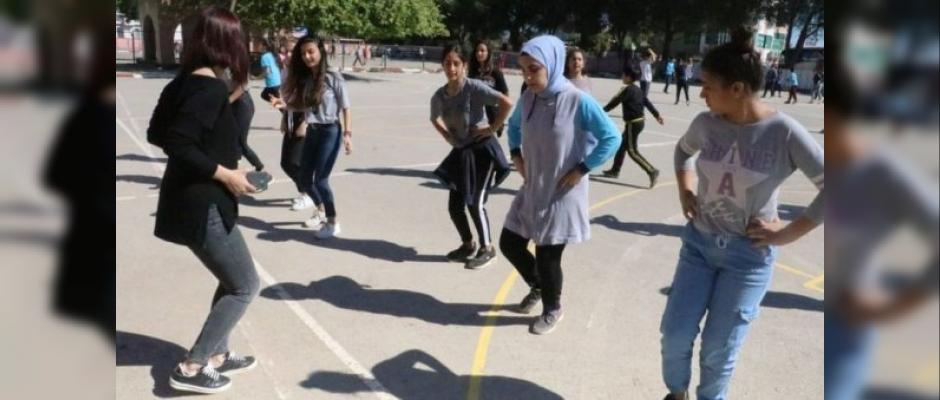 Antalya'da 40 dakika ders, 40 dakika teneffüs uygulaması
