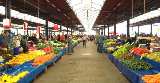 Semt pazarlarında fiyatlar el yakıyor