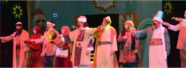 Yunus Emrenin Hayatı Sahneye Taşındı