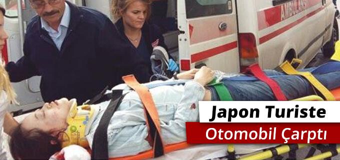Japon turiste otomobil çarptı