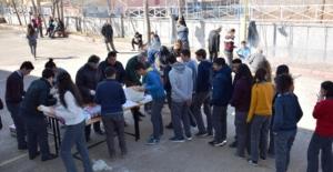 Öğrencilere Mangal Partisi