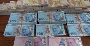 3 Kişi 12 bin 500 lira sahte para ile yakalandı