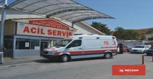 Şarampole devrilen araçta 3 kişi yaralandı