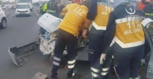 Tır ile otomobil çarpıştı:3 ağır yaralı