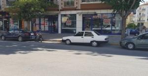 Vicdansız sürücü yaşlı adama çarpıp kaçtı