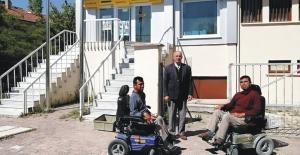Sultanhanı PTT Şubesi Asansörüne kavuştu