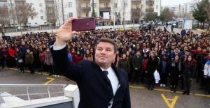 Başkan Dinçer, Bayrak töreninde öğrencilerle buluştu